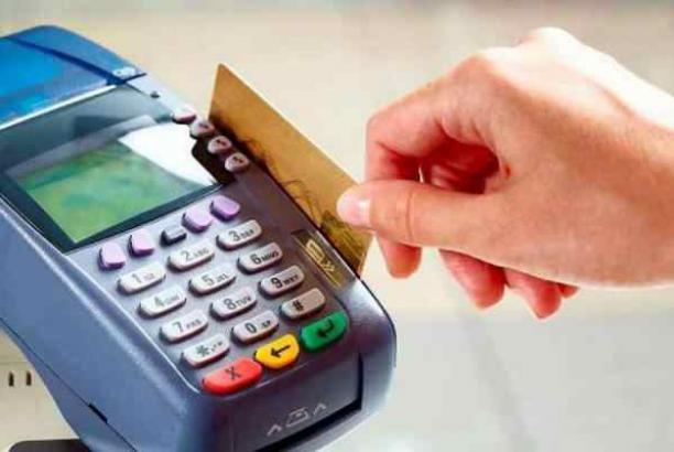 Eliana Bravo Vesga - manejo tarjetas de crédito
